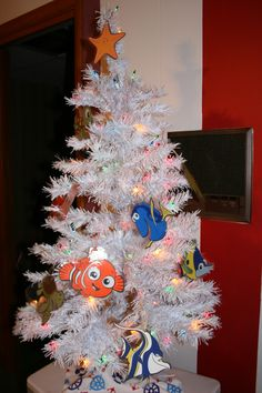 My Finding Nemo tree. http://scrap-aholic.blogspot.com/2012/12/today-i-am-introducing-you-to-great.html
