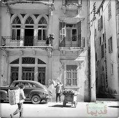 The old Beirut Old Pictures, Old Photos, Lebanon History, Beirut Explosion, Naher Osten, Baalbek, City Drawing, Historical Pictures, Old Buildings