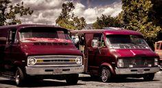 Duel Dodge vans..vk