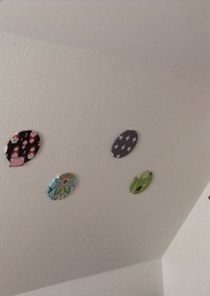 New pin boards on a sloping wall Pin Boards, New Pins, Belly Button Rings, Diy Projects, Wall, Handmade Crafts, Belly Button Piercing, Diy Crafts, Belly Piercings