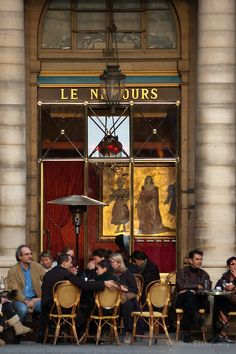 """Cafe """"Le Nemours"""" near Palais Royal, Paris, France"""