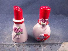 NIB Red Hat Society Lip Stick Nail Polish Novelty Salt & Pepper Shakers - C04B25 http://stores.ebay.com/snpshakers