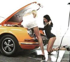 Porsche ladys repair the 911