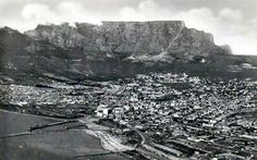 Scar on the mountain. Old Pictures, Old Photos, Vintage Photos, Cape Town South Africa, Table Mountain, Old City, City Photo, Beautiful Pictures, History