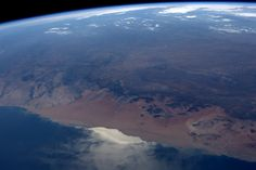 Jeff Williams ‏@Astro_Jeff  Jun 15 Namibian dunes area, wide angle global view. Sun glint is a great way to see the interaction of ocean currents.