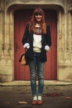 i love this style clothing! And oxfords rock my world... if i could, i'd dress like this chick every day :)