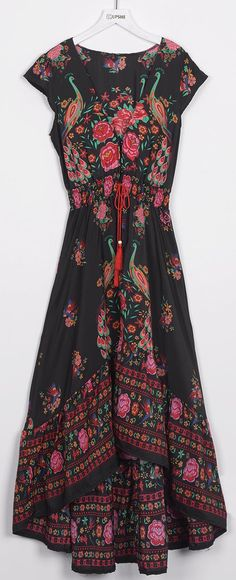 Hit it, $23.99! Free shipping&Easy Return! Whether you are in your hometown, on vacation or even stay cation this dress will look fabulous!