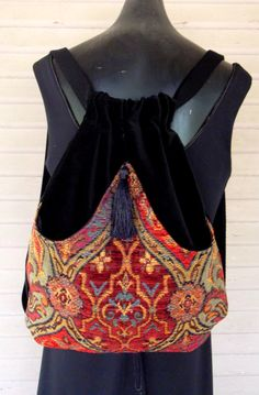 Sac à dos tapisserie Renaissance Backpack Black Velvet livre sac tapisserie sacs à dos Piperscrossing