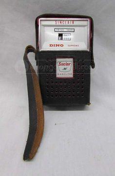 Sinclair Dino Supreme Red Transistor Radio