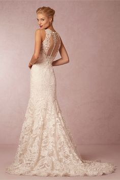 Such a gorgeous back to this wedding dress