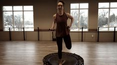 🤩🎉 Here is a great fitness class that is crazy fun! Here's a short clip of what we do in barre bounce! Gym Workout Videos, Workout Memes, Barre Workout, Workout Guide, Fun Workouts, Trampolines, Po Trainer, Mini Trampoline Workout, Cardio Challenge