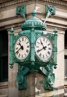 The Marshall Field's clock on the corner of State Street and Randolph in Chicago. On my travel list! Outdoor Clock, White Clocks, Azul Tiffany, Cool Clocks, State Street, My Kind Of Town, Time Clock, Grandfather Clock, Antique Clocks