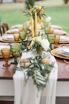 Yellow and greenery wedding tablescape for summer Olive Green Weddings, Olive Wedding, Fall Wedding, Yellow Weddings, Christmas Wedding, Christmas Christmas, Mustard Yellow Wedding, Yellow Wedding Flowers, Yellow Wedding Decor