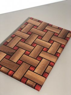Wood Shop Projects, Small Wood Projects, Woodworking Projects Diy, Diy Cutting Board, Wood Cutting Boards, Wood Mosaic, Wooden Art, Wood Patterns, Wood Design