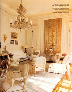 Susan Gutfreund's Henri Samuel decorated Paris Drawing Room