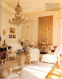 Susan Gutfreund's Paris drawing room designed by Henri Samuel.