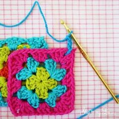 how to join granny squares step 2 Pencil case Crochet Skirt Pattern, Crochet Animal Patterns, Crochet Stitches Patterns, Love Crochet, Crochet Granny, Crochet Hooks, Baby Boy Crochet Blanket, Crochet Baby, Knit Crochet