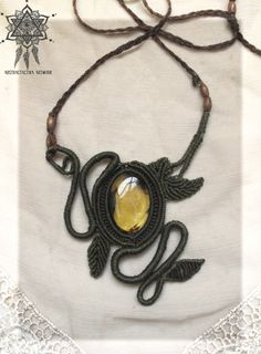 woodlands macrame necklace with mexican amber gemstone.