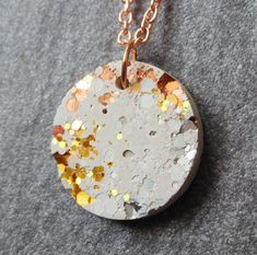 Contemporary Jewellery Pdf from Contemporary Jewellery Stand. Contemporary Jewellery Courses her Jewellery Shops Near By Me Concrete Jewelry, Concrete Crafts, Ceramic Jewelry, Polymer Clay Jewelry, Ceramic Necklace, Jewelry Stores, Diy Jewelry, Jewelry Design, Jewelry Making