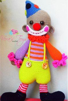 #verastoys #crochet #amigurumi #crochettoys #knittedtoys #clown #chatterboxtheclown
