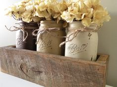 Bathroom with cotton balls,etc in mason jars? One of a kind barn wood and Painted Mason Jar Flower Box: Made to order Beautiful year old barn wood. Each of my wood projects are created Barn Wood Crafts, Old Barn Wood, Reclaimed Wood Projects, Reclaimed Barn Wood, Pallet Wood, Mason Jar Projects, Mason Jar Crafts, Barn Board Projects, Creation Deco