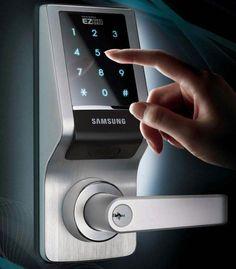 "Samsung EZON Touchpad Digital Door Lock SHS-7120 (Black) (8.75""H x 3.4""W x 2.72""D)"
