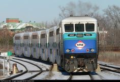 RailPictures.Net Photo: VRE 40 Virginia Rail Express (VRE) EMD F59PHI at Alexandria, Virginia by Bill Hakkarinen