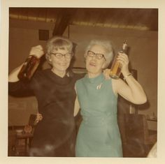 Vintage Grandma's partying Wman posing with fish carp barbells weightlifting Dog Humping Sheep picnic Bad Family Photos Worst Awkward Family Photos Stupid Crazy Funny Family Weird Worst tattoos Pictures Vintage Photographs, Vintage Photos, Bad Family Photos, Lynda Barry, Vintage Magazine, Middle Aged Women, Youre My Person, Family Humor, Funny Family