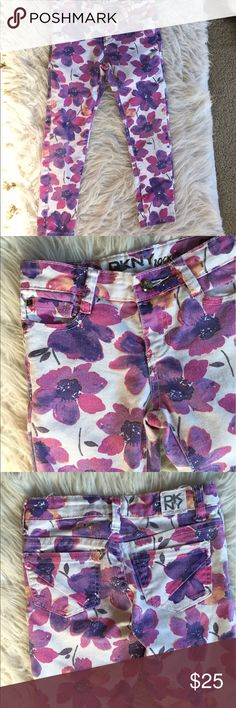 🎉HP🎉 ⒹⓀⓃⓎ floral skinnies These are so gorgeous. Excellent condition. 🎉 Host Pick 5.25.17 Everything Kids 🎉👺NO TRADES DONT ASK! ✌🏼️Transactions through posh only!  😻 friendly home 💃🏼 if you ask a question about an item, please be ready to purchase (serious buyers only) ❤️Color may vary in person! 💗⭐️Bundles of 5+ LISTINGS are 5️⃣0️⃣% off! ⭐️buyer pays extra shipping if likely to be over 5 lbs 🙋thanks for looking! DKNY Bottoms Jeans