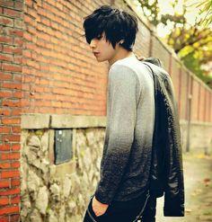 I really like his t shirt, it's amazing!