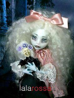 Monster High repaint OOAK  art dollcustomcollector by lalarossa