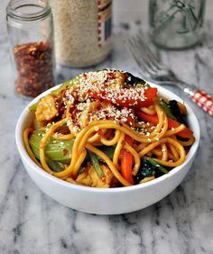 Sweet Chilli & Hoisin Tofu & Vegetables Noodles ~ Fuss Free Cooking