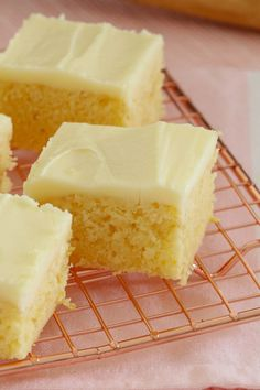 Easy Lemon Slice The easiest and most delicious baked Lemon Slice ever. with the BEST creamy & tangy lemon frosting - this is such a quick, simple and classic recipe. Tray Bake Recipes, Baking Recipes, Cake Recipes, Dessert Recipes, Lunch Box Recipes, Baking Tips, Baking Ideas, Food Cakes, Cupcake Cakes