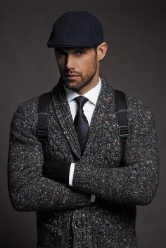 Sweater, Tie and Hat for a Casual Winter Look. Special Magazine | Raddest Looks On The Internet: http://www.raddestlooks.net