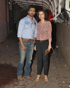 #NikhilDwivedi, with his wife #GauriPandit, was snapped outside Karim Morani's residence, in #Juhu, #Mumbai.  For more pictures click here : www.biscoot.com  #Bollywood #CelebrityPictures #Biscoot