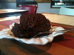 A receita (fácil, fácil) do bolo de chocolate do Floriana Café - Helena Galante e Sophia Braun – Delícia de Conta
