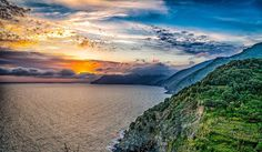 Enjoying the sunset in Cinque Terre #corniglia #5dirt #5earth #jeffsetter #cinqueterre #photooftheweek #digitalnomads #beautifuldestination #unesco #sunsets #oceanandmountains