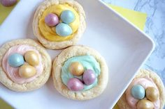 Mini egg nest cookie a simple recipe to cook with kids for easy easter treats Baking Recipes, Cookie Recipes, Egg Nest, Mini Eggs, Baking With Kids, Easter Treats, Easter Recipes, Cheese Recipes, Tray Bakes