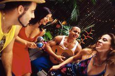 Clásicos: las 9 canciones latinas más sonadas de todos los tiempos que deberías conocer
