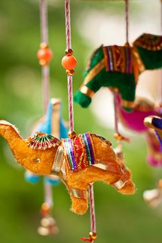 bead art / Win your dream city break with i-escape & Coggles Elephant Mobile, Elephant Art, Mobiles, Indian Doors, Bollywood, Deco Boheme, Thinking Day, Incredible India, Amazing Art