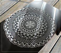Вязаная салфетка диаметр ок. 61 см цвет светло-серый