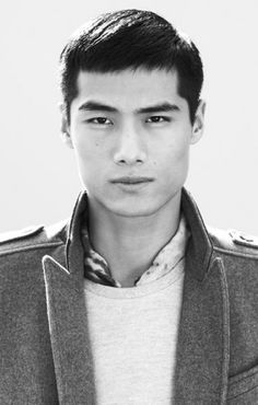 best short haircuts and hairstyles for men as recommended by barbers. From pompadours to quiffs, there's a short haircut for every man Zara Lookbook, Fashion Lookbook, Boy Fashion, Mens Fashion, Style Fashion, Asian Men Hairstyle, Men's Hairstyle, Asian Short Hair, Dapper Gentleman