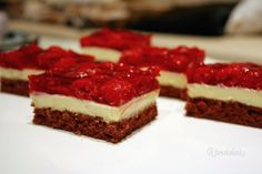 Czech Recipes, Ethnic Recipes, Pavlova, Nutella, Baked Goods, Sweet Recipes, Food And Drink, Cooking Recipes, Tasty
