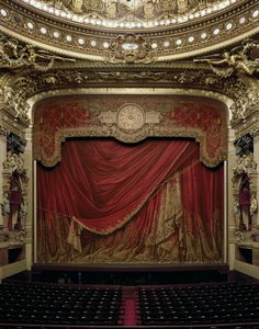 The Beauty and Grandeur of Opera Houses Around the World - My Modern Met