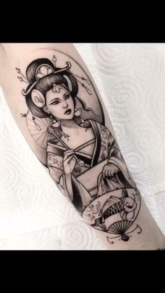 Amazing arm Tattoo Ideas for Men——black work tattoo Mom Tattoos, Body Art Tattoos, Hand Tattoos, Sleeve Tattoos, Tattoos For Guys, Black Men Tattoos, Chest Tattoos For Women, Creative Tattoos, Unique Tattoos