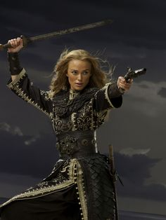 Keira Knightley as Elizabeth Swann - Pirates of the Caribbean: At Worlds End Pirate Day, Pirate Life, Pirate Queen, Keira Knightley Pirates, Tia Dalma, Pirate Movies, Elizabeth Swann, Elizabeth Turner, Captain Jack Sparrow