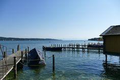 Starnberger See, hier Bootsanlegestellen und Bootshäuser in Starnberg