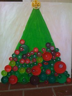 Do you love Children? Why not volunteer with Via Volunteers in South Africa and make a difference? https://www.viavolunteers.com/ Bottle cap Christmas tree.