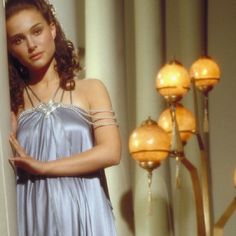 Padmé Naberrie Amidala Skywalker Which Nightgown do you prefer ?