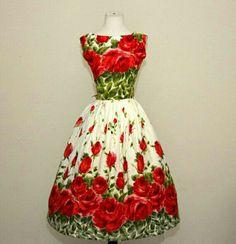 Looking at this pin up dress make me so happy!!